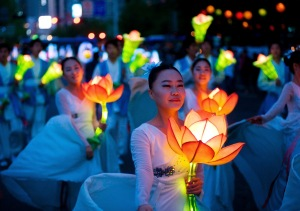 Seouls-Lotus-Lantern-Festival L4